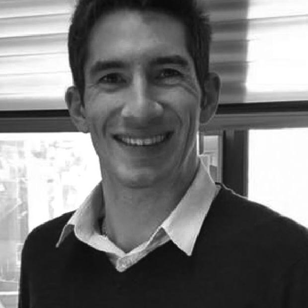 A photo of Stephen Kakouris